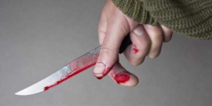 Επίθεση με μαχαίρι σε αστυνομικό