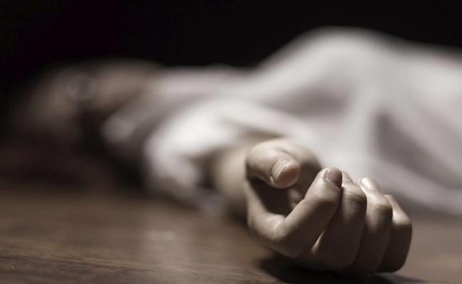 Κρεμασμένη στο μπάνιο του σπιτιού της στην Κερασιά βρέθηκε 53χρονη.