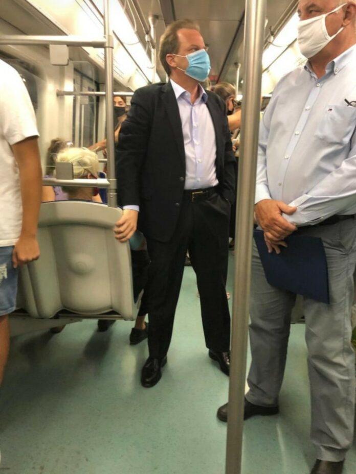 κώστας καραμανλής μετρό