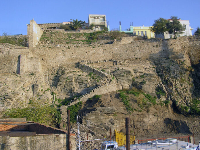 τείχος,Καβάλα