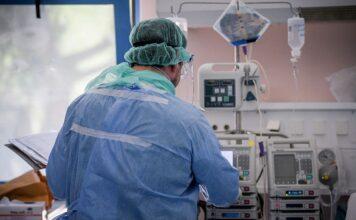 Ασφυκτιούν τα νοσοκομεία της Αττικής