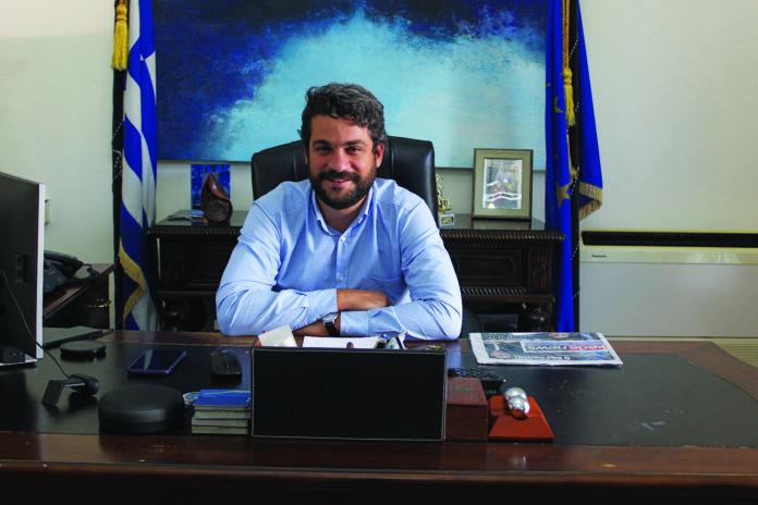 O dimarxos Xanion Panagiotis Simandirakis