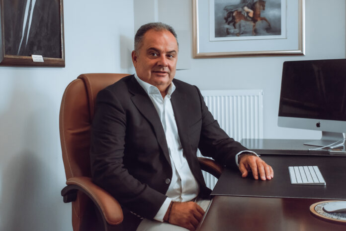 O Giorgos Gkoumas