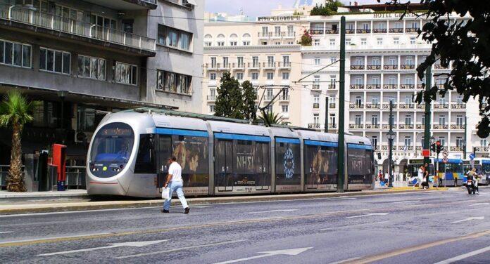 tram sto syntagma