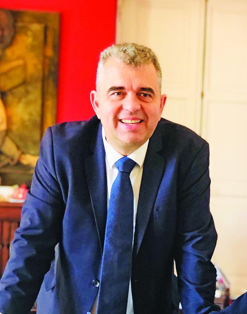 Δήμαρχος Ραβιόλος