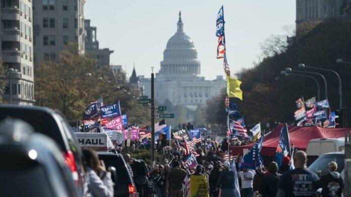 πορεία διαδηλωτες