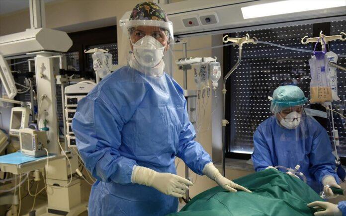 Γιατρός με ασθενή