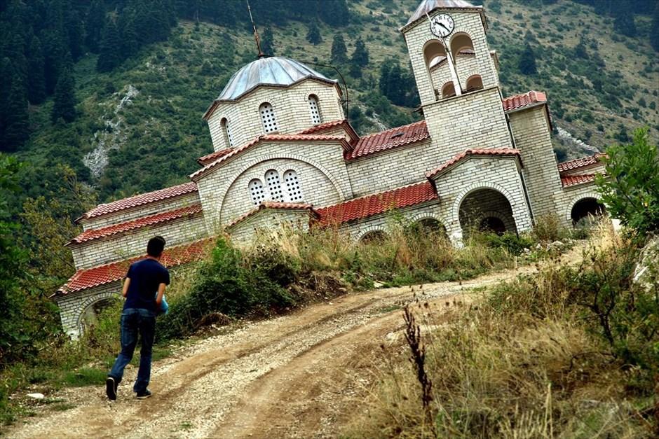 εκκλησία γερνει δρομος