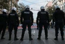 η αστυνομία στο πολυτεχνείο