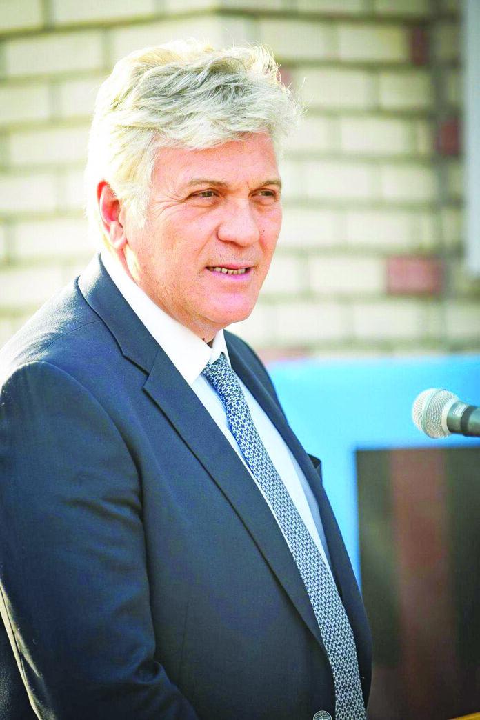 Χρήστος Στάθης δήμαρχος Μάνδρας