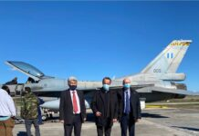 επίσκεψη Σταϊκούρα στην Ελληνικη Βιομηχανία Αεροπορίας