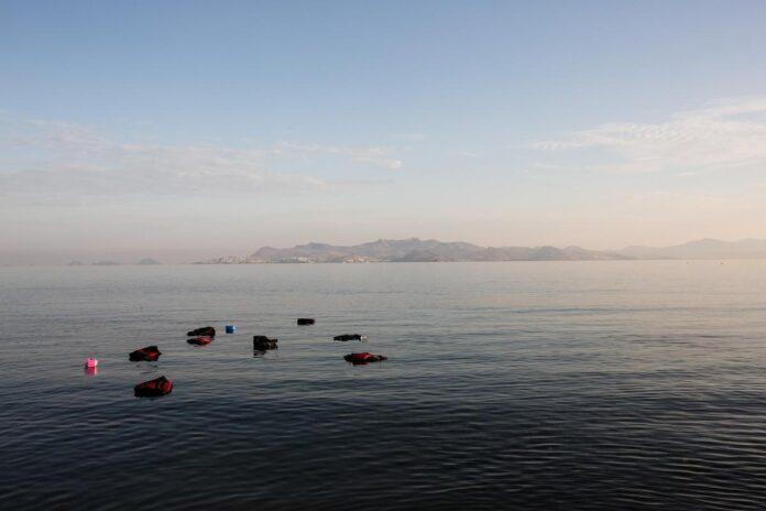 ναυάγιο με μετανάστες