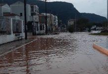 κλειστά σχολεία στη Σάμο από τις πλημμύρες