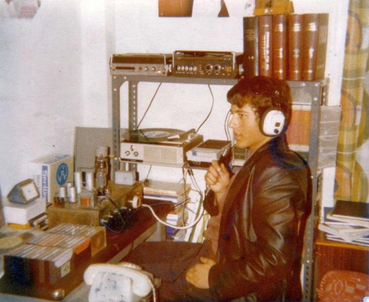 ραδιόφωνο άνδρας