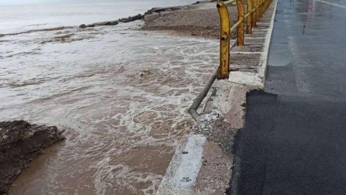 η Σάμος σε κατάσταση έκτακτης ανάγκης λόγω πλημμυρών