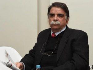 καθηγητής Μικροβιολογίας στο Τμήμα Πολιτικών Δημόσιας Υγείας ΠΑΔΑ, Άλκης Βατόπουλος,