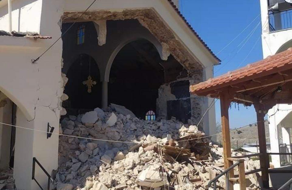 ζημιές στην εκκλησία Μεσοχωρίου
