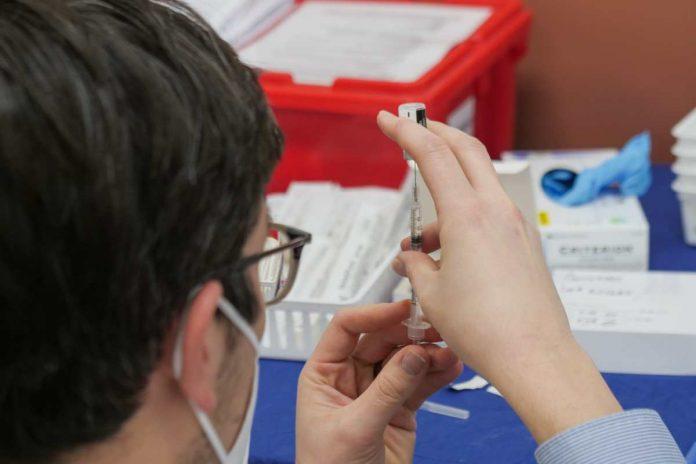 εμβολιασμός γενικού πληθυσμού