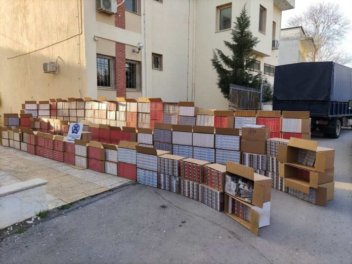 κατάσχεση λαθραίων τσιγάρων στη Θεσσαλονίκη