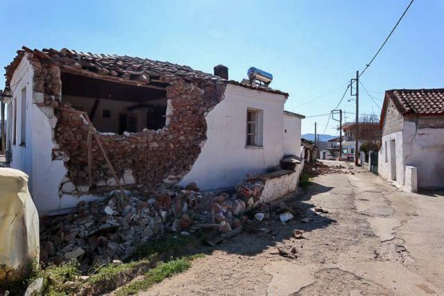 ζημιές στο Μεσοχώρι από τον σεισμό