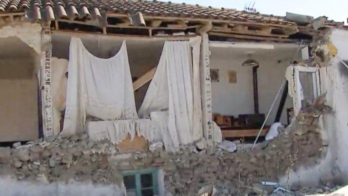 εγκλωβισμένοι από τον σεισμό Ελασσόνας