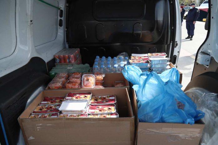 γεύματα αγάπης από το δήμο Χανίων το Μάϊο