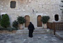 διασπορά του ιού σε μοναχές στη Λαμία