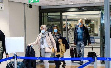 Ολλανδοί τουρίστες φτάνουν στη Ρόδο